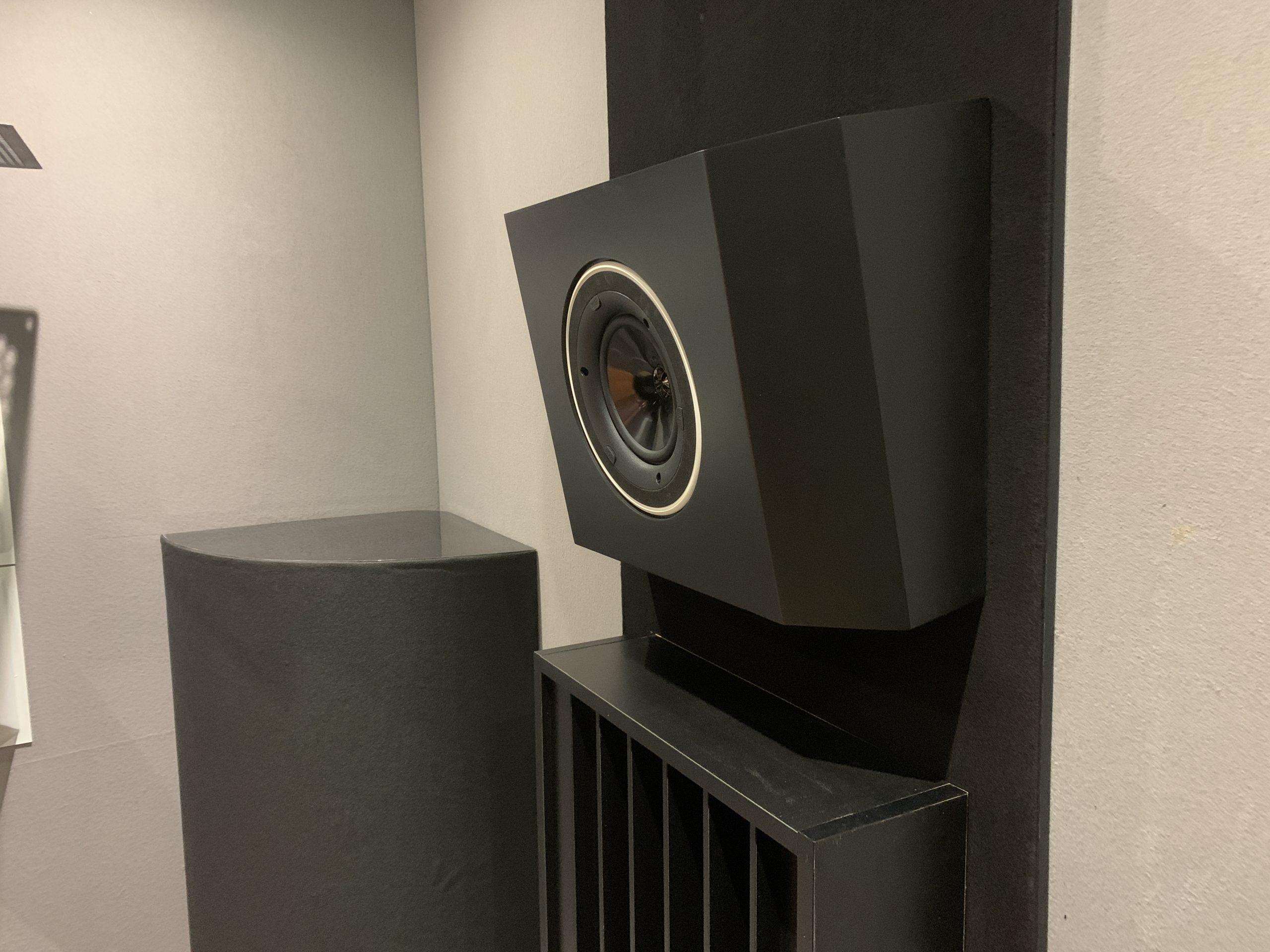 AVshop KEF custom in/on-wall / in/on-ceiling kabinett konfigurator -KOMPLETT OG MONTERT-